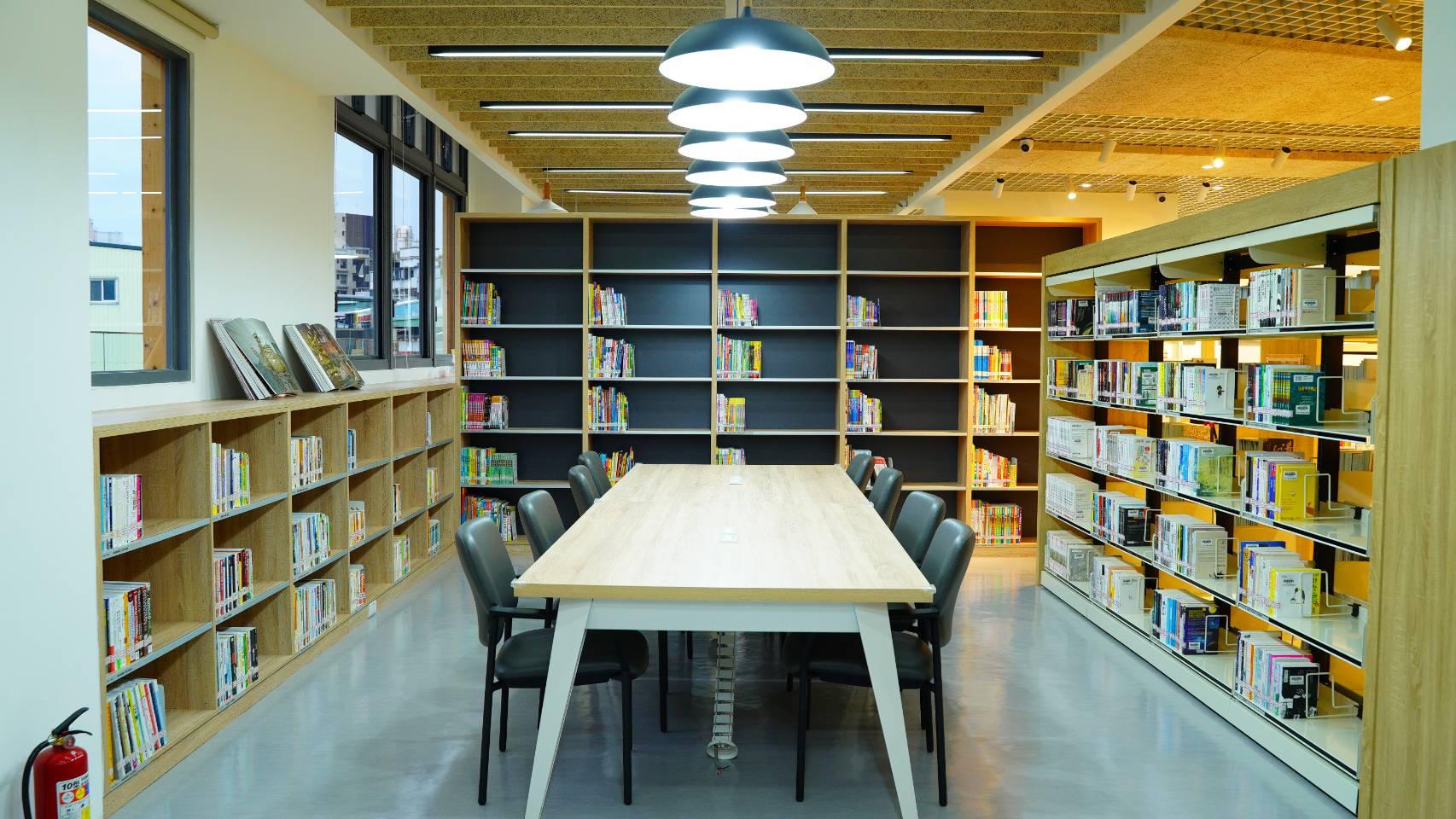 林口西林圖書閱覽室-閱覽區